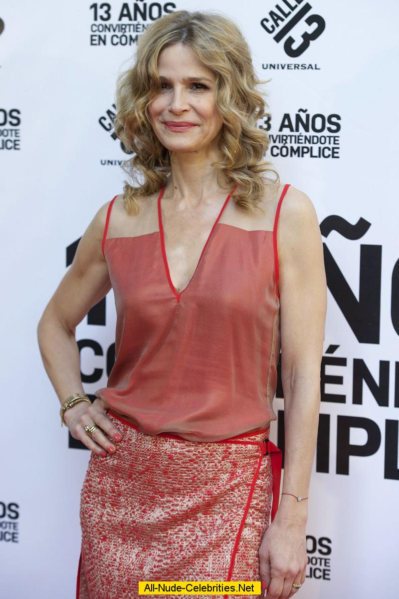 Kyra Sedgwick legs at The Closer premiere